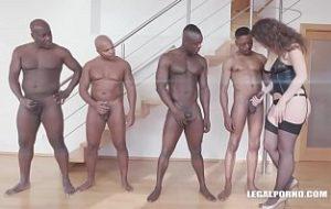 porno xxx cu lesbiene care se ling in cur