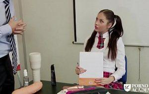 studente la academie sug pula